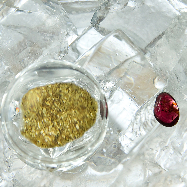 VitaJuwel - Emoto Crystal - Gem Water Gemstone Wand - Golden Moments: Halite Salt + Garnet